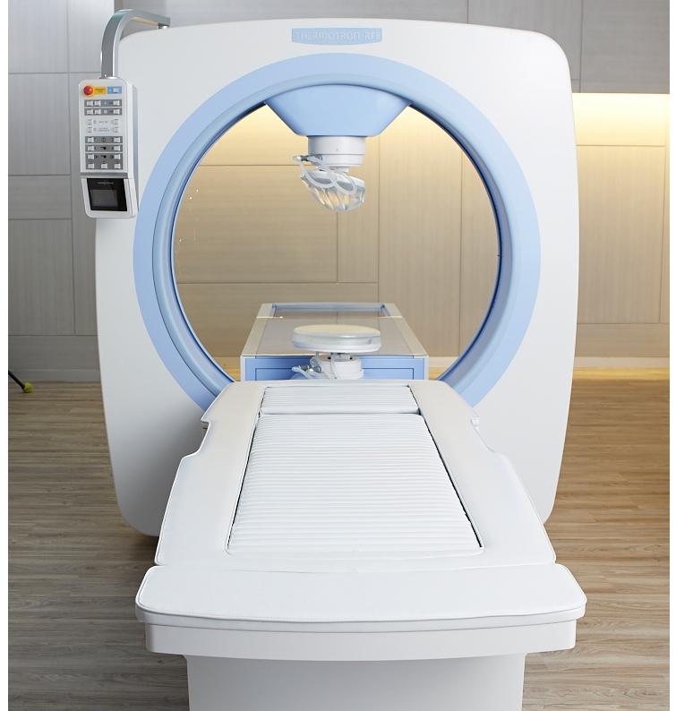 #ศูนย์มะเร็ง #โรงพยาบาลศิริราช ปิยมหาราชการุณย์ #เทคโนโลยีการรักษาโรคมะเร็ง #การรักษาโรคมะเร็ง #hyperthermia รักษามะเร็ง #มะเร็งปากมดลูก #มะเร็งกระเพาะปัสสาวะ #มะเร็งเต้านม #มะเร็งกล้ามเนื้อ #มะเร็งเม็ดสี